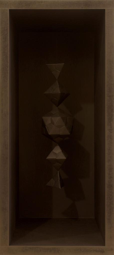 Leonardo Petrucci, Melencolia #2 2013 - 24x54x24 cm - origami modulari in carta nera e mdf dipinto